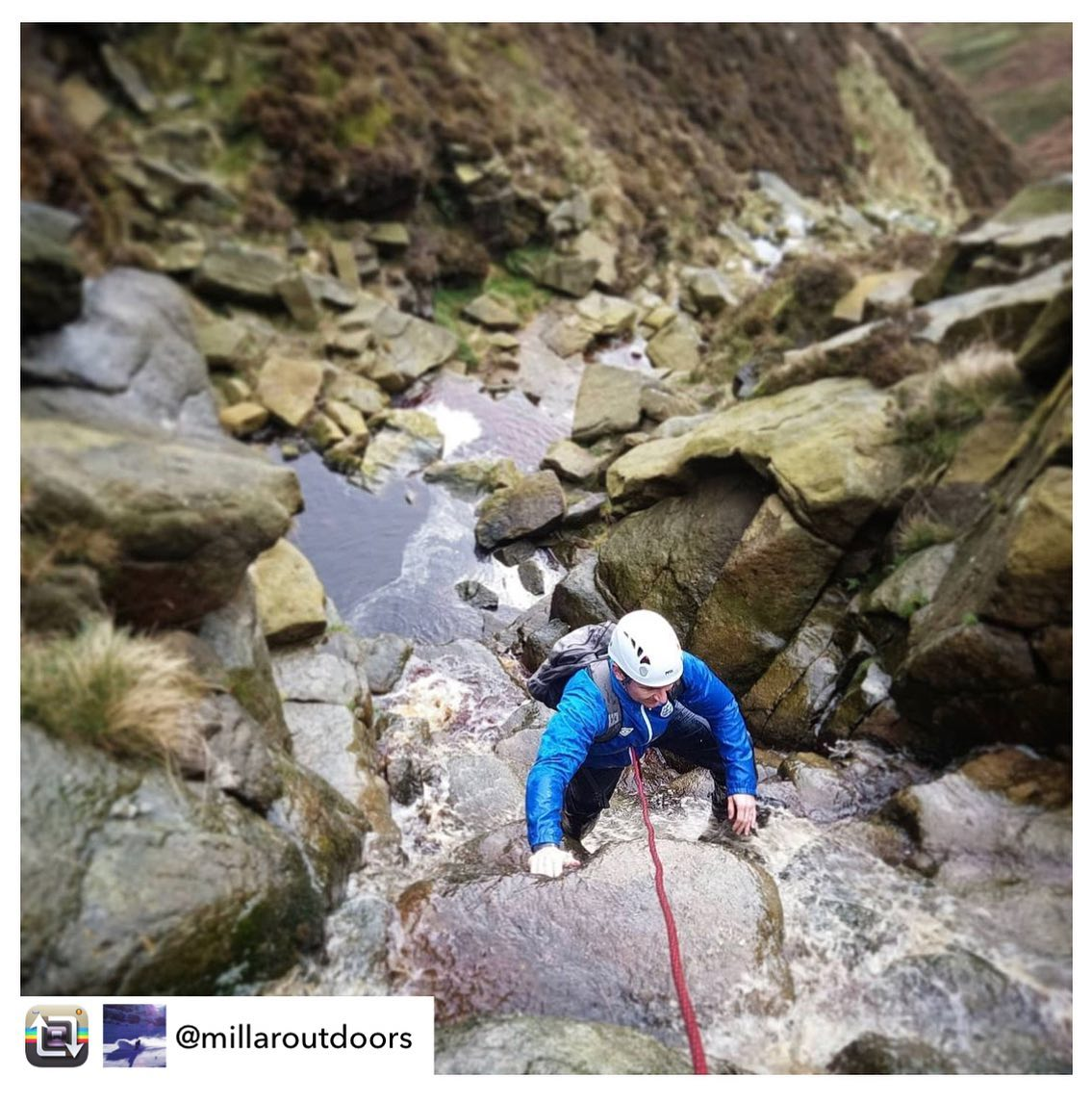 Repost from @millaroutdoors mountain adventure scramble at Crowden Clough on Saturday, all bookings are available through the link in our bio #wildernessdevelopment ⛰🥾⛰  Saturdays scrambling up Kinder's cloughs are Saturdays well spent.   The days are getting shorter but you can still cram in a lot of adventure before dark.  #hiking #scramble #scrambling #hillwalking #randonnée #walking #hills #climbing #outdoors #outdoorlife #peakdistrict #peakdistrictnationalpark #kinderscout #crowdenclough #derbyshire #outdoorfitness #fitness #dailyexercise